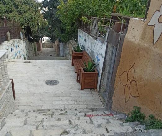 סמטאות ומעברים בשכונת א-ת'ורי: פענוח הגיונות סותרים בעיצוב המרחב
